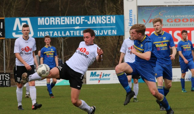 Bas Woesthuis scoorde de 0-2. Foto: Henk Steen.