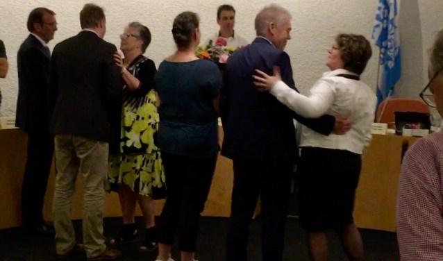 Haaren heeft een nieuw gemeentebestuur. Progressief 96 en CDA vormen de nieuwe coalitie. Donderdag 19 april werden de wethouders benoemd. Na afloop van de raadsvergadering waren er felicitaties en bloemen. Het nieuwe gemeentebestuur telt vier wethouders.