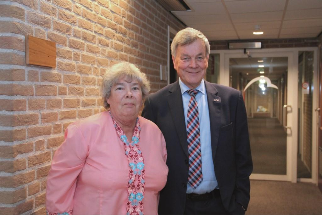 De oudgedienden Hetty Vermeer en Henk Nijland nemen namens de VVD plaats in de gemeenteraad van Duiven.