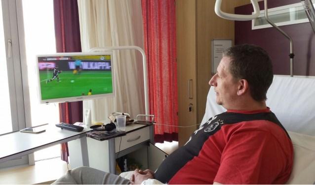 Gratis wedstrijden kijken vanuit je ziekbed.