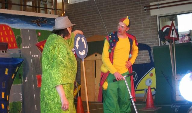 Sinds 2010 komt Matterofact jaarlijks naar gemeente Zaltbommel om op basisscholen een voorstelling over verkeer te spelen.