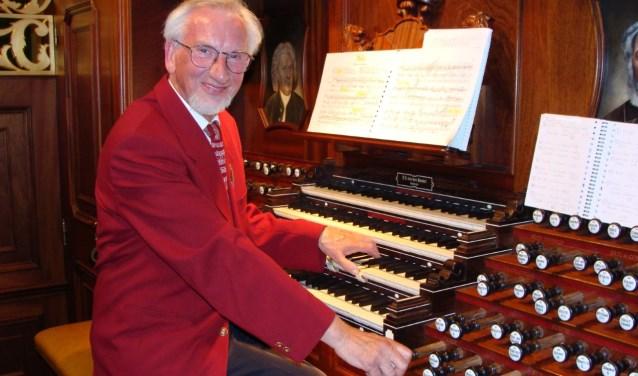 Sander van Marion neemt na zestig jaar afscheid als organist.