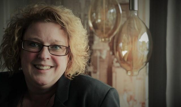 Anke van Haften. Na haar boek 'Goede kanker bestaat niet' (2014) schreef de Beuningse een vervolg over haar revalidatieproces: 'De kanker voorbij – (Over)leven na kanker'.