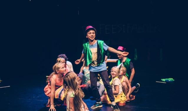 Kinderen van 6 tot 12 jaar kunnen schitteren op een theatertoneel tijdens de musicaldag.