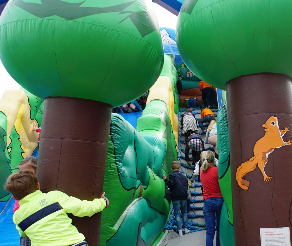 Kinderspelen in Kesteren .  © Persgroep