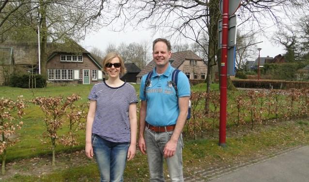 Erwin en Lavinia Jacobs komen net terug van een flinke boswandeling. (Foto: Persbureau Polhuys)