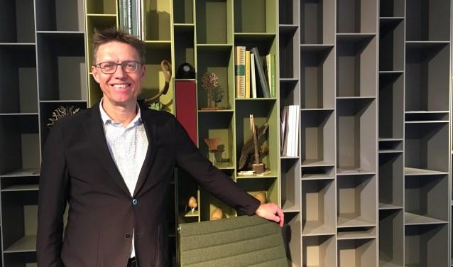 Jan Matser toont in zijn prachtige showroom voor de nieuwste trends, kleuren en tijdloze ontwerpen.