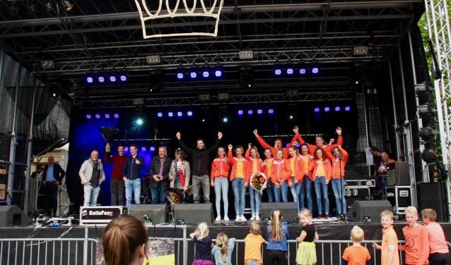 Sportploeg van het jaar is RKZVC geworden. Stijn Elferink sportman en de meidenvolleybalploeg MC1 de publiekslieveling. Foto: Eveline Zuurbier