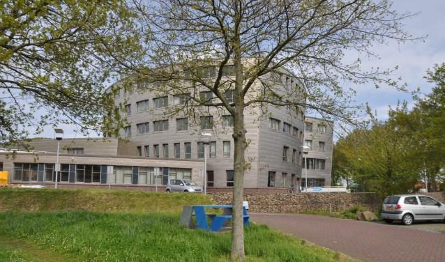 De vier wethouders die Schouwen-Duiveland gaan besturen werden maandag 7 mei voorgedragen. Op 9 mei werden zij geïnstalleerd, tijdens de raadsvergadering. FOTO: PR