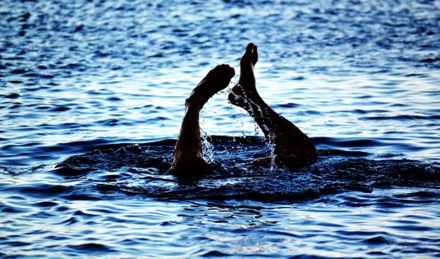 Check even de zwemapp voordat je een duik neemt in Bernisse, er is een negatief zwemadvies.