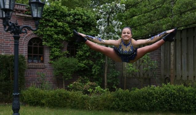 Maxime Boumans is sinds tien dagen Nederlands kampioen show- en gardedans. (foto: Marco van den Broek)
