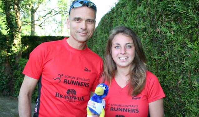 Gerard Bambacht is met de Brandwijk Bommelerwaard Runners al 20 jaar betrokken bij de Roparun. Iris van Dalen doet dit jaar voor het eerst mee.