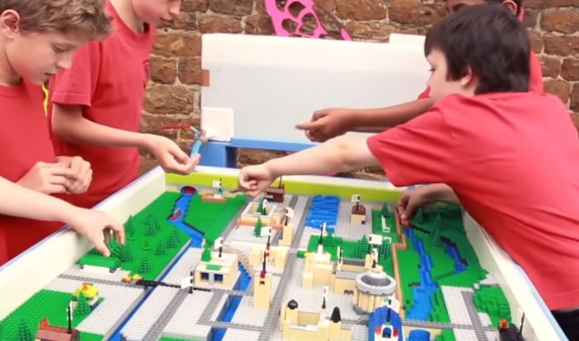 Waterloop van lego door Atkins engineering