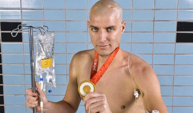 Maarten van der Weijden uit Waspik gaat in augustus de Elfstedentocht zwemmen. Om hem daarbij mentaal en financieel te ondersteunen worden er vanuit Den Bolder tal van acties georganiseerd.