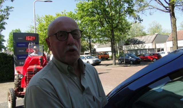 De heer Peeters uit Groningen ,,doet'' een dagje regio. ,,Ik lig niet wakker van de hoge prijzen maar vervelend is het wel''