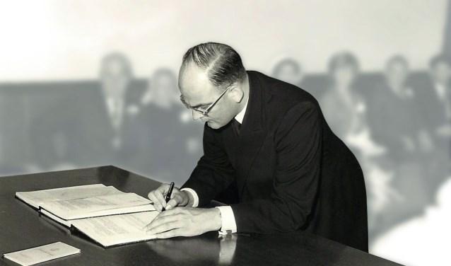 Ds. J. van Haaren.