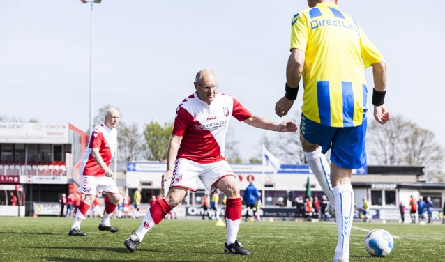 De demonstratie van de FC Utrecht Oldstars valt samen met het 35 Plus reünie toernooi. Oud-voetballers en belangstellenden zijn van harte welkom op sportparkcomplex De Kamp. FOTO: FC Utrecht