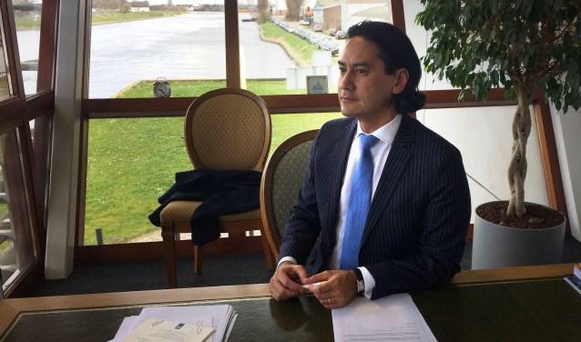 Burgemeester Harald Bergmann in zijn kantoor in het Stadskantoor. FOTO: FEMKE VEGT