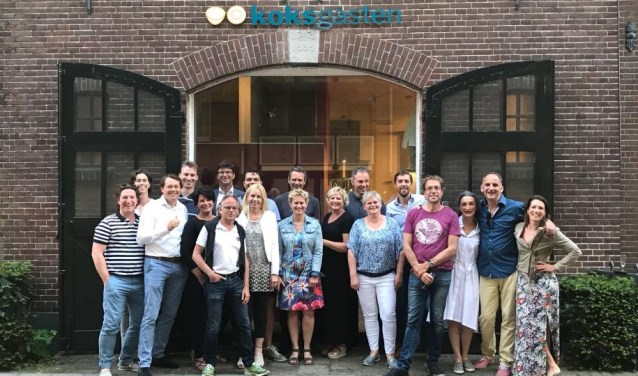 De leden van de Kiwanisclub Utrechtse Heuvelrug. Zij komen in actie voor de kinderen die bij de kinderoogpoli van Bartiméus terecht komen.