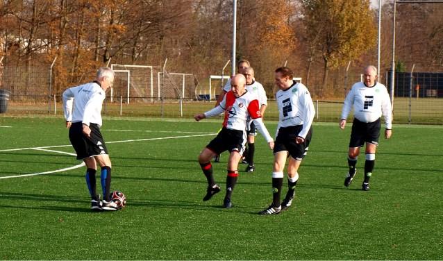 Walking Football: plezierig bezig zijn met oudere collega-liefhebbers