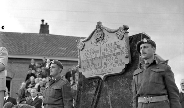 Wierden werd bevrijd na vijf dagen van felle gevechten tussen de Duitse bezetters en de Algonquins die nauw samen werkten met onder meer het South Alberta Regiment. Foto: Historische Kring Wederden.