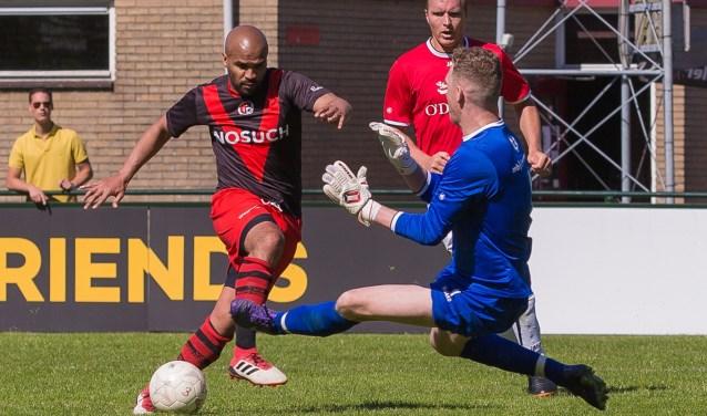 Met twee doelpunten was George Tomas de Brito de Man van de Wedstrijd. (Foto: Guillaume Kortekaas)