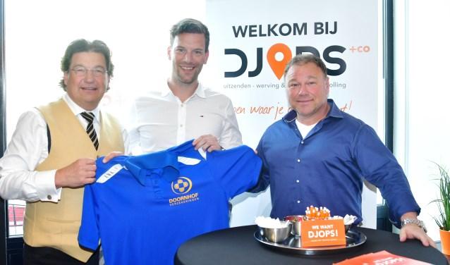 Denieuwe en de oude sponsors: Gert Doornhof, Marco Kints en Hans Appeldoorn.(Foto: Kees van den Heuvel)