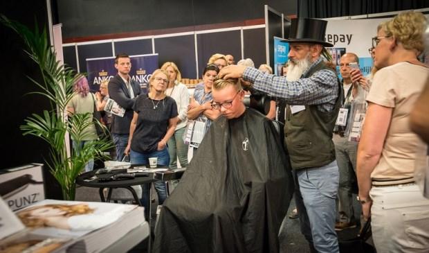 In 2017 telde de debuuteditie van The Hair X-perience ruim 70 deelnemers, tientallen vakdemonstraties en meer dan 3000 bezoekers.