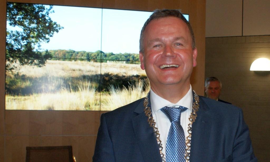 Mark van Stappershoef vlak na zijn installatie als burgemeester van de gemeente Goirle