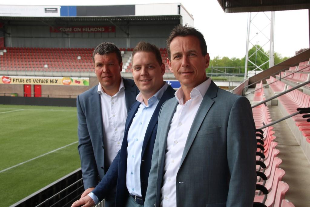 V.l.n.r. Antoine Beije (Commercieel manager Helmond Sport), Jeffrey Otten (Eigenaar SolarUnie), Leon Vlemmings (Algemeen directeur Helmond Sport)