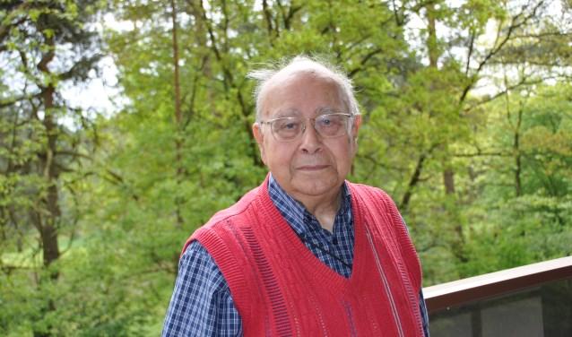 Fred (95) hielp als student Joodse kinderen aan een onderduikadres. FOTO: Julie Houben