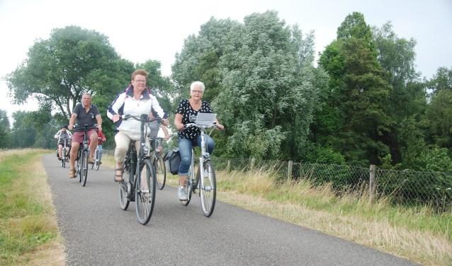 Deelnemers aan de Drunense Fietsvierdaagse - van dinsdag 10 tot en met vrijdag 13 juli - kunnen dit jaar opnieuw kiezen uit twee afstanden: 40 of 65 kilometer.
