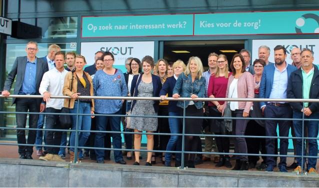 Baanswitchers, werkzoekenden, zij-instromers, herintreders, maar ook mensen zonder ervaring  in de zorg kunnen in de winkel een baan met toekomstperspectief in de Zorg en Welzijn sector bemachtigen.