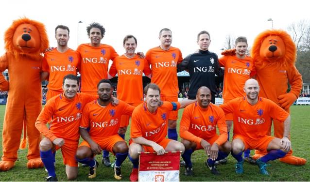 De ex-internationals komen naar De Zwaluw. De exacte samenstelling van het elftal is nog niet bekend. (foto: persfoto KNVB)
