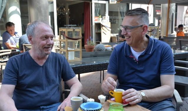 Tom (l) en Frank (r) zijn al vier jaar maatjes. FOTO: Deli Seligmann.