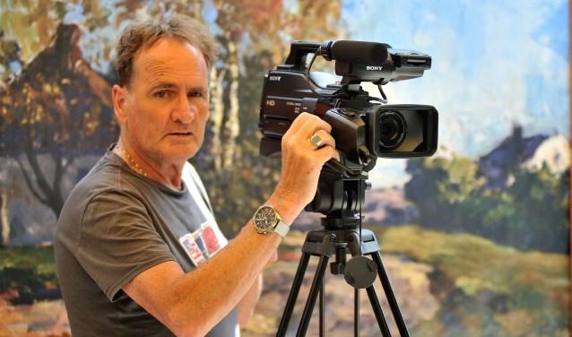 Gert Budding maakt foto's voor de Rijn en Veluwe, De Stad Wageningen, de Gelderlander en Omroep Gelderland. Hij is sinds kort ook begonnen met het filmen.