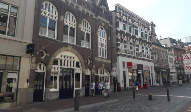 Het pand van H.A. Reus aan de Visstraat. (foto: Arco van der Lee)