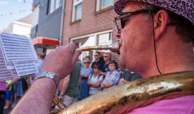 Een momentopname van de Dweilorkestendag 2017 in Groenlo. Foto: Marcel Houwer