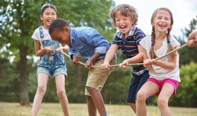 Stichting Leergeld Haaksbergen stelt zich ten doel te voorkomen dat kinderen in de leeftijd van 4 tot 18 jaar om financiële redenen niet of onvoldoende deelnemen aan activiteiten op school en in het sociaal-maatschappelijk leven. Archieffoto.