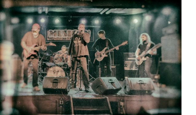 Burning Bridges - een tribute to The Cult. (Foto: pr)