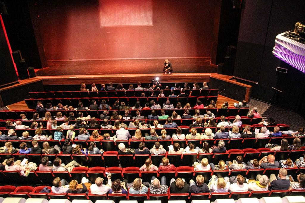 Ook de voorstellingen in De Kring werden goed bezocht. Foto: Danny van den Aarsen © Persgroep