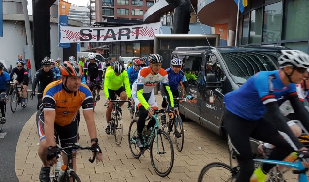 Ook vorig jaar werd de tour langs de drie Rijswijken gereden.
