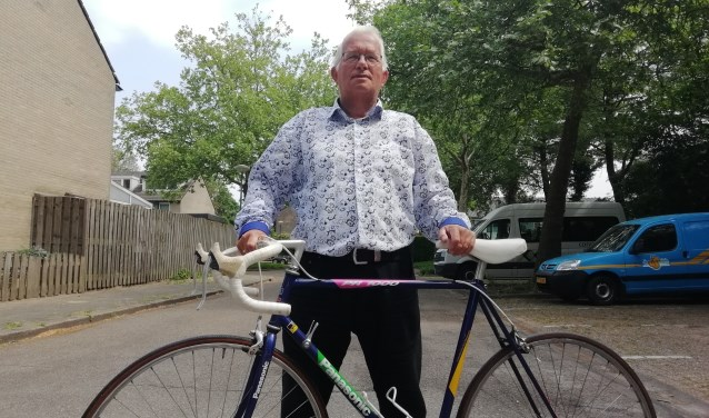 Rinus van Veldhuizen is de enige organisator die een wielerronde voor de 45ste keer organiseerde. De Grote Heuvelrug Wielerronde van Driebergen is op 31 mei. FOTO: Marcel Bos Foto: Marcel Bos © Persgroep