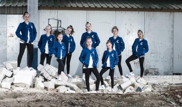 Het dansteam Moov_n Squad, van de Cuijkse dansschool Chance4Dance, heeft afgelopen weekend een derde plaats behaald bij het Europees Kampioenschap. (Patrick Bongartz Fotografie)