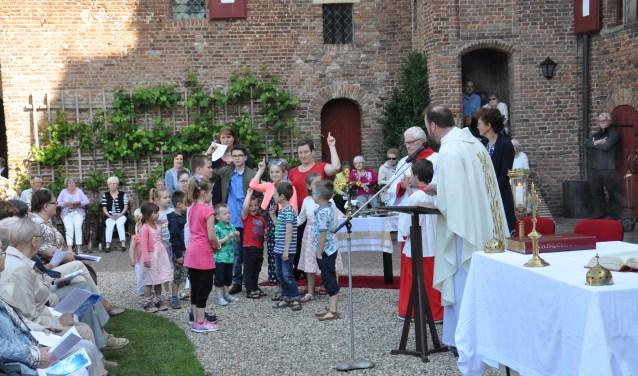 Speciale Kinderwoorddienst Hemelvaartsviering