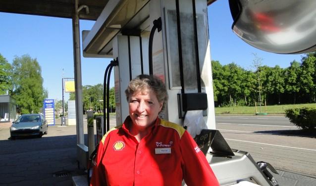 Marian Luyken van Shell Barneveld : ''Aantal opmerkingen van klanten valt nog wel mee''