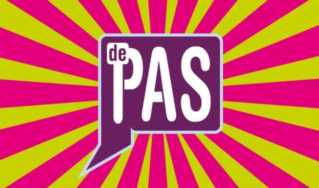 Cover van de theatergids van Theater de Pas voor het seizoen 2018/2019. De voorstellingen zijn ook te vinden op www.de-pas.nl.