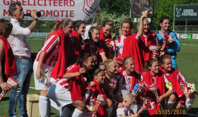 SV den Hoorn vrouwen 1 kampioen
