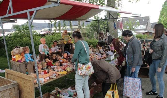 De jaarlijkse rommelmarkt in Bruchem vindt dit jaar plaats zaterdag 26 mei van 09.00 tot 15.00 uur. Kijk voor meer informatie en het ophalen of brengen van spullen op www.rommelmarkt-bruchem.nl.