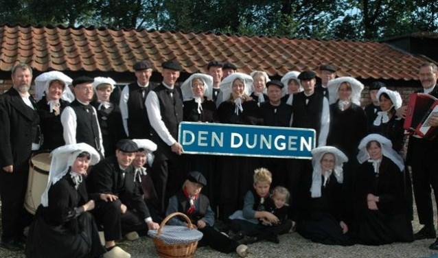 Brabants Bont gaat al decennia lang in vol ornaat op bedevaart naar ons Lieve Vrouwke en nodigt iedereen uit om aan te sluiten bij de korte wandeling vanuit Den Dungen naar Den Bosch.